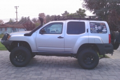 chris-2nd-gen-xterra-white-knuckle-off-road-1