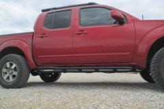 nissan-frontier-rock-sliders-white-knuckle-off-road-8