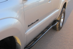 4th-gen-4runner-rock-sliders-white-knuckle-off-road-2
