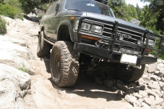 fj62-land-cruiser-rock-sliders-white-knuckle-off-road-6