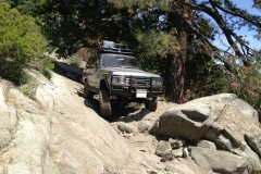 fj62-land-cruiser-rock-sliders-white-knuckle-off-road-7