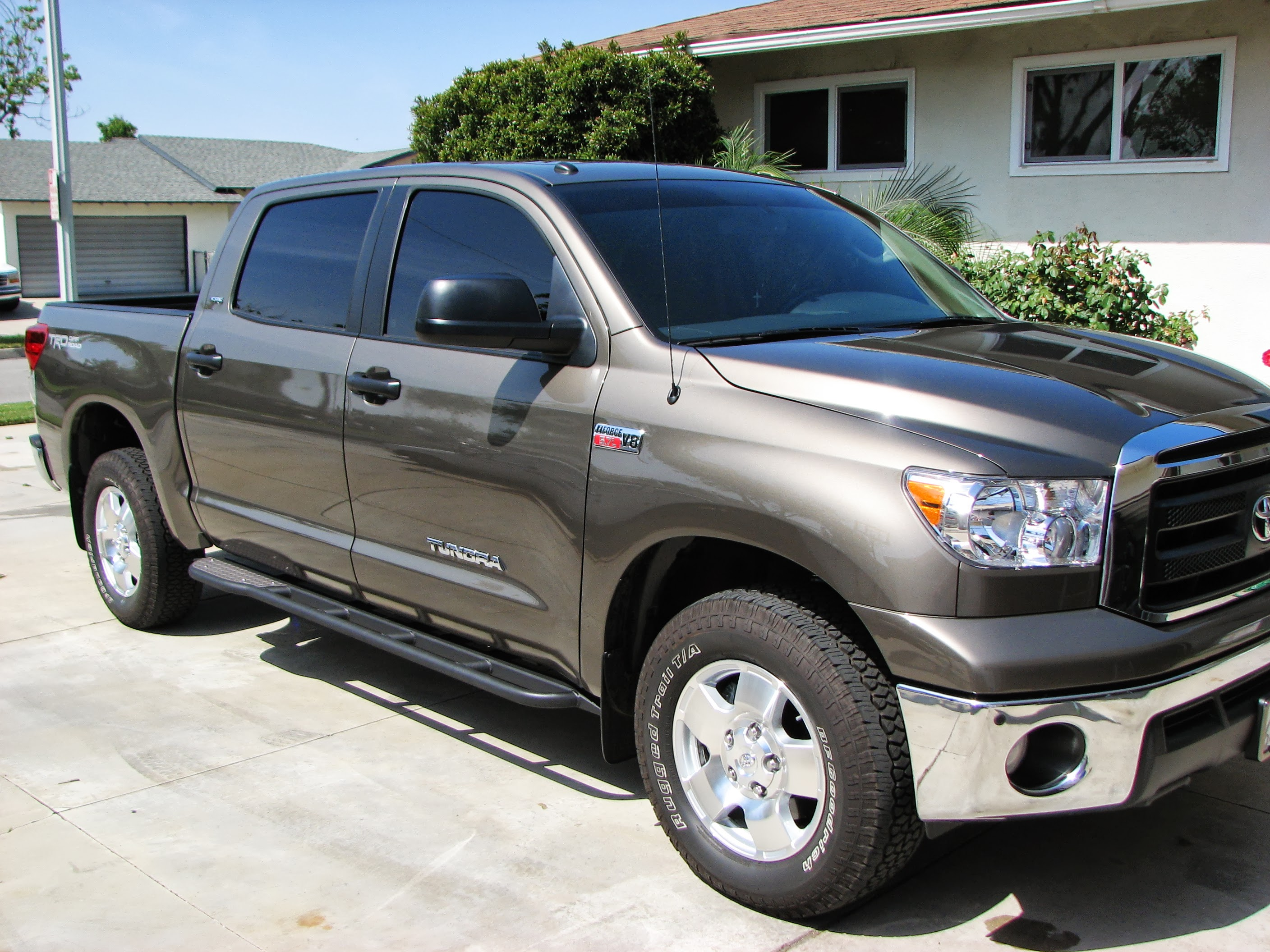 2nd-gen-tundra-crewmax-rock-sliders-white-knuckle-off-road-3