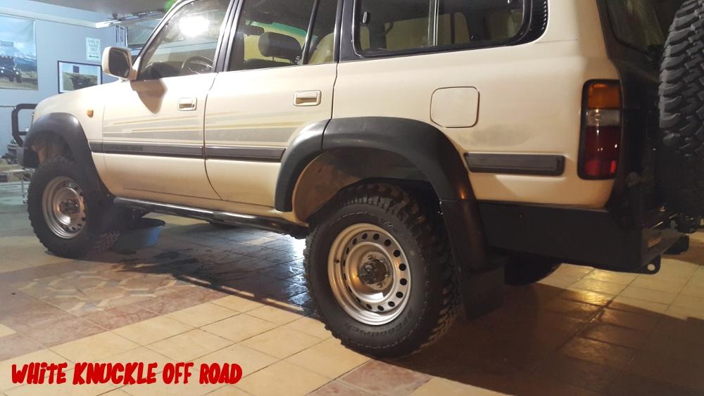 saudi-arabia-hzj80-rock-sliders-white-knuckle-off-road-4