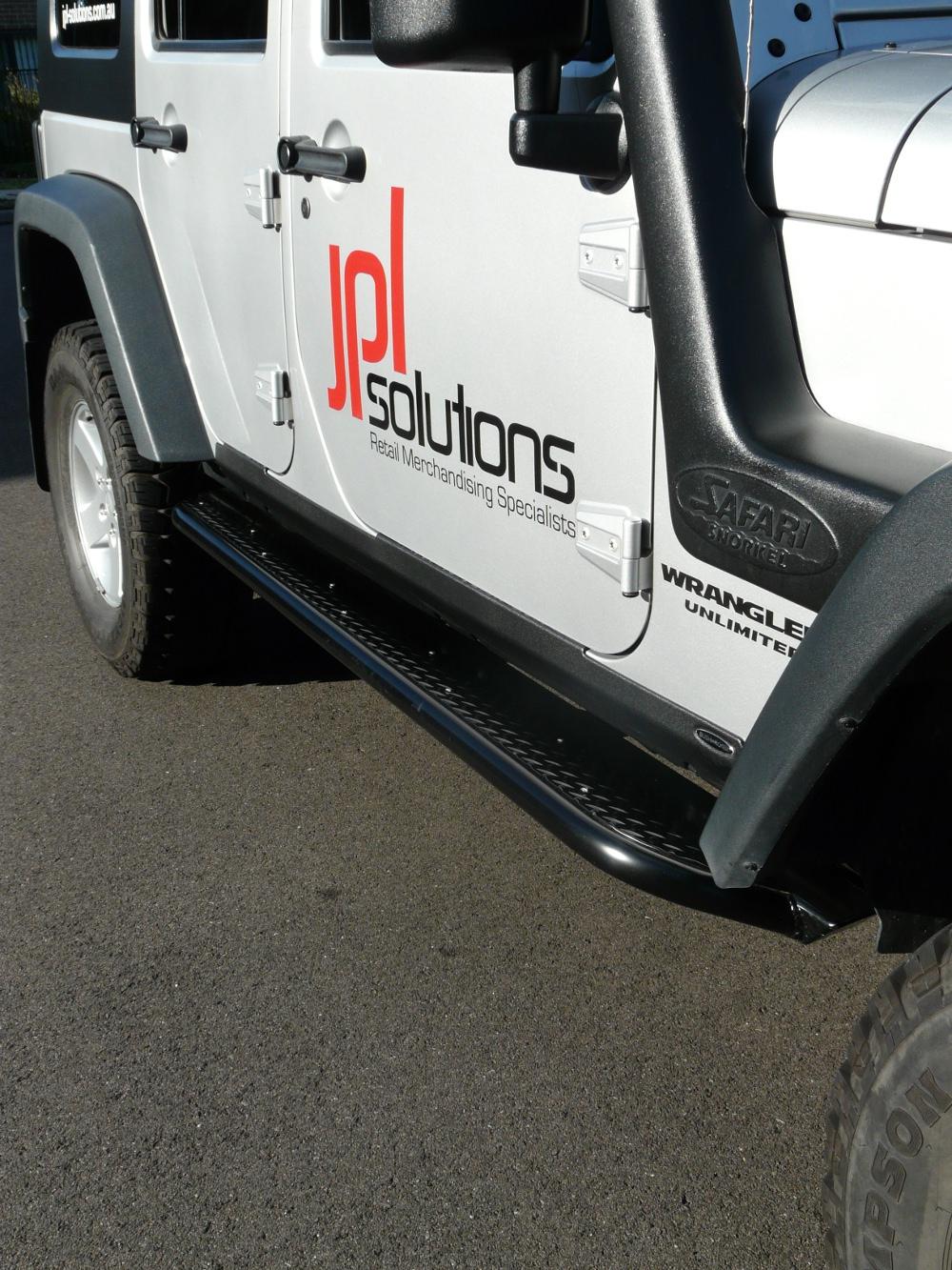 jeep-jk-unlimited-4-door-rock-sliders-white-knuckle-off-road-14