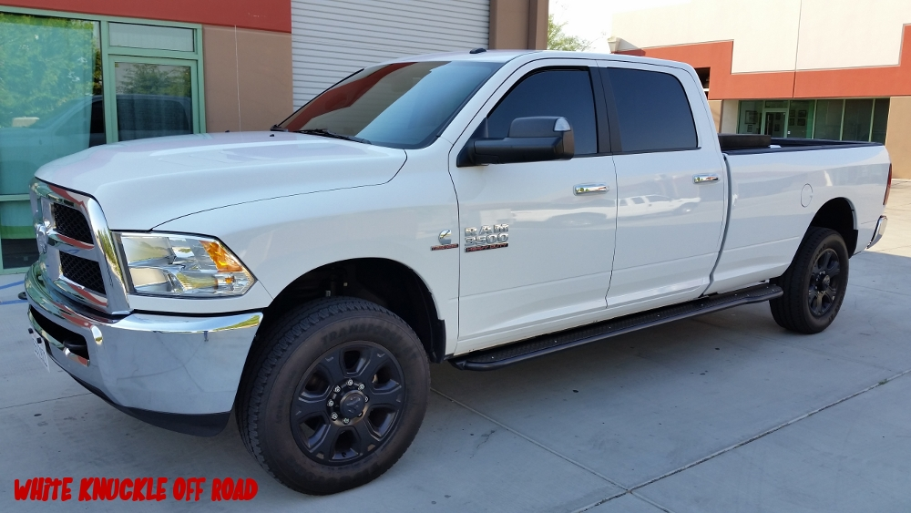 ram-2014-2017-3500-long-bed-white-knuckle-off-road-2