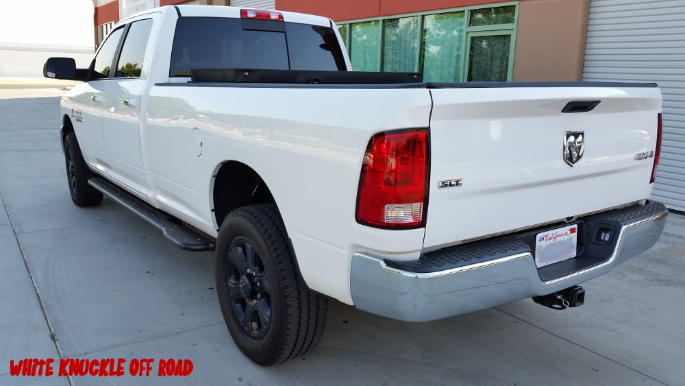 ram-2014-2017-3500-long-bed-white-knuckle-off-road-4