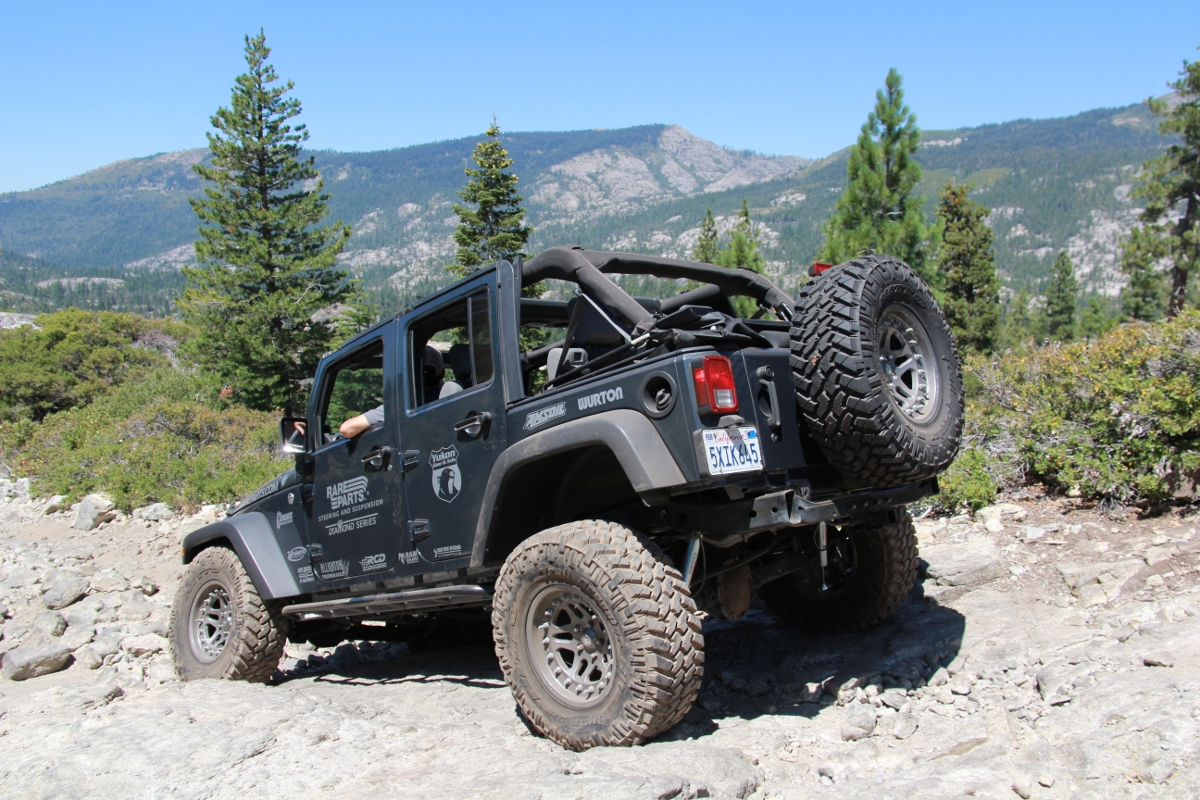 jeep-jk-unlimited-rock-sliders-white-knuckle-off-road-2