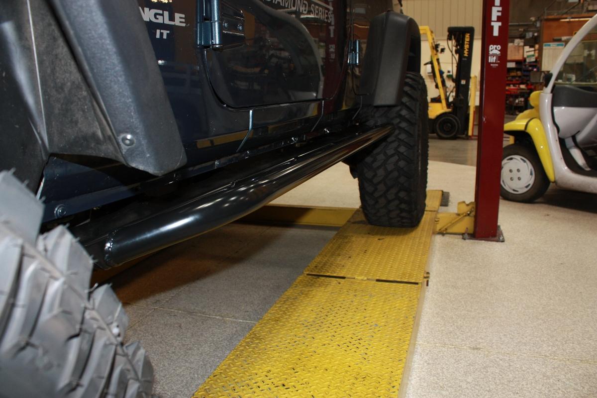 jeep-jk-unlimited-rock-sliders-white-knuckle-off-road-8