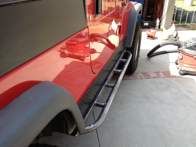 robert-s-jeep-tj-unlimited-rock-sliders-white-knuckle-off-road-1