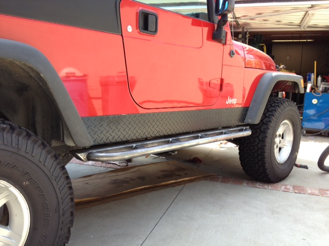 robert-s-jeep-tj-unlimited-rock-sliders-white-knuckle-off-road-2