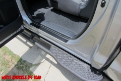 tundra-cremax-rock-sliders-white-knuckle-off-road-3