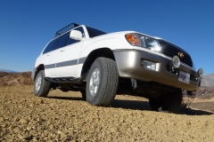 scott-s-uzj100-land-cruiser-whiteknuckleoffroad-3