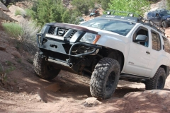 2nd-gen-xterra-rock-sliders-white-knuckle-off-road-1