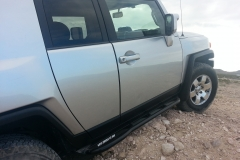 fj-cruiser-rock-sliders-white-knuckle-off-road-3