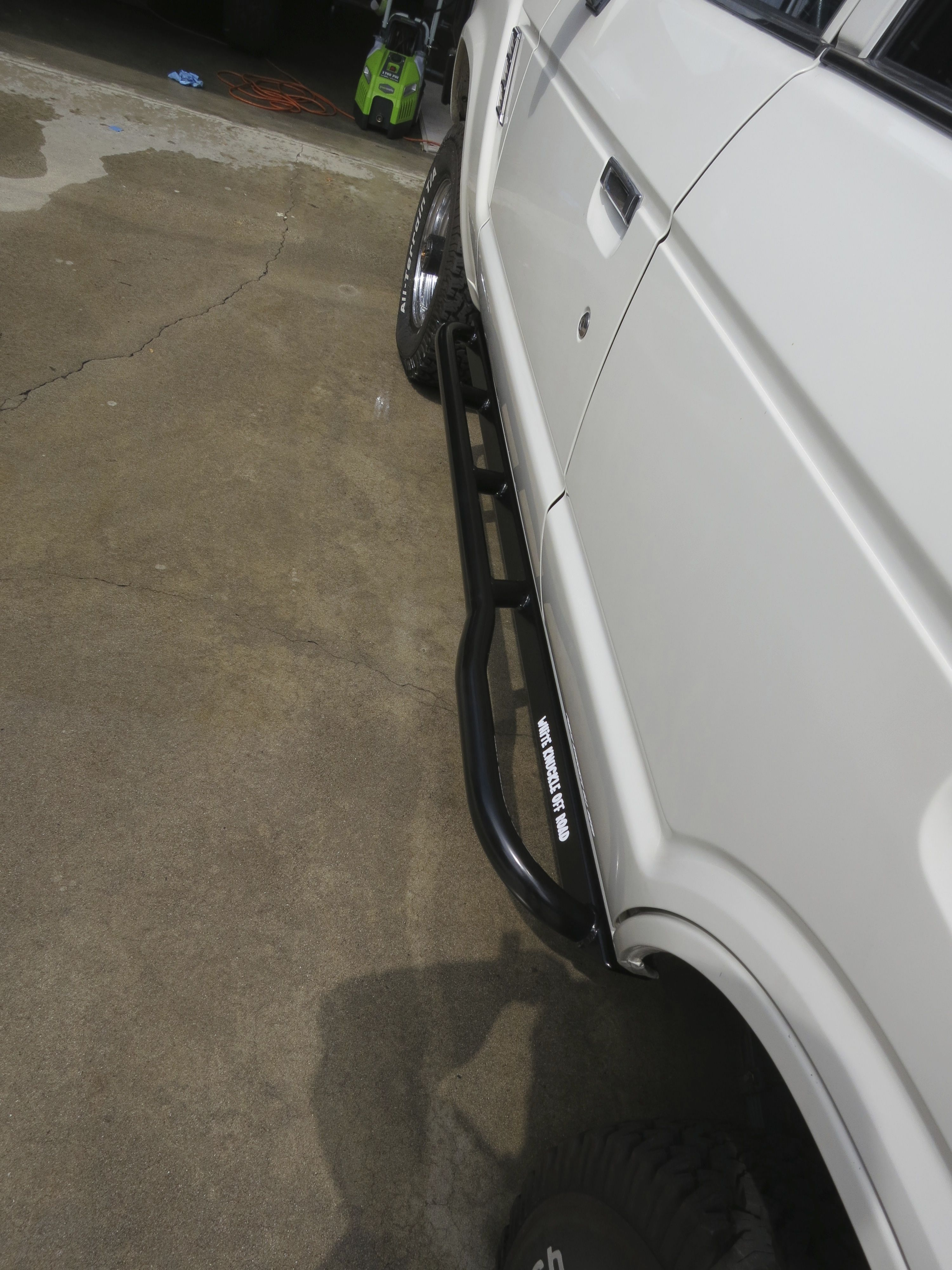fj62-land-cruiser-rock-sliders-white-knuckle-off-road-3