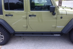 jeep-jk-unlimited-rock-sliders-white-knuckle-off-road-1