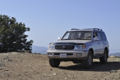 adam-s-uzj100-land-cruiser-whiteknuckleoffroad-1-
