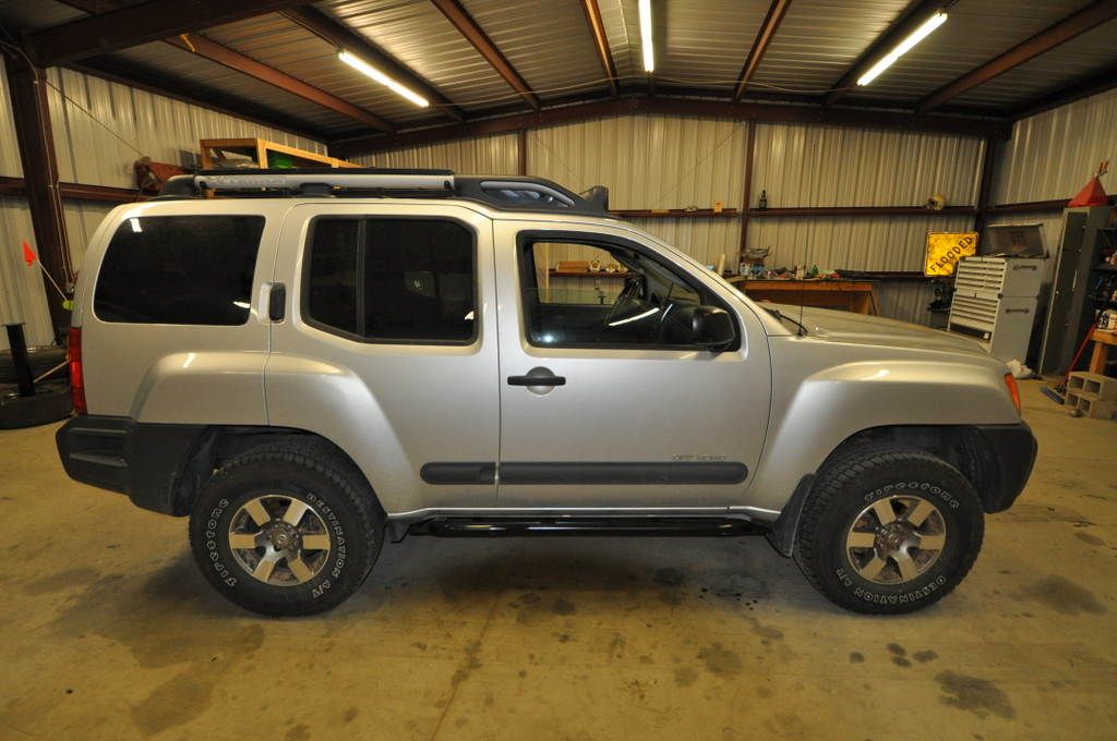 2nd-gen-xterra-rock-sliders-white-knuckle-off-road-3