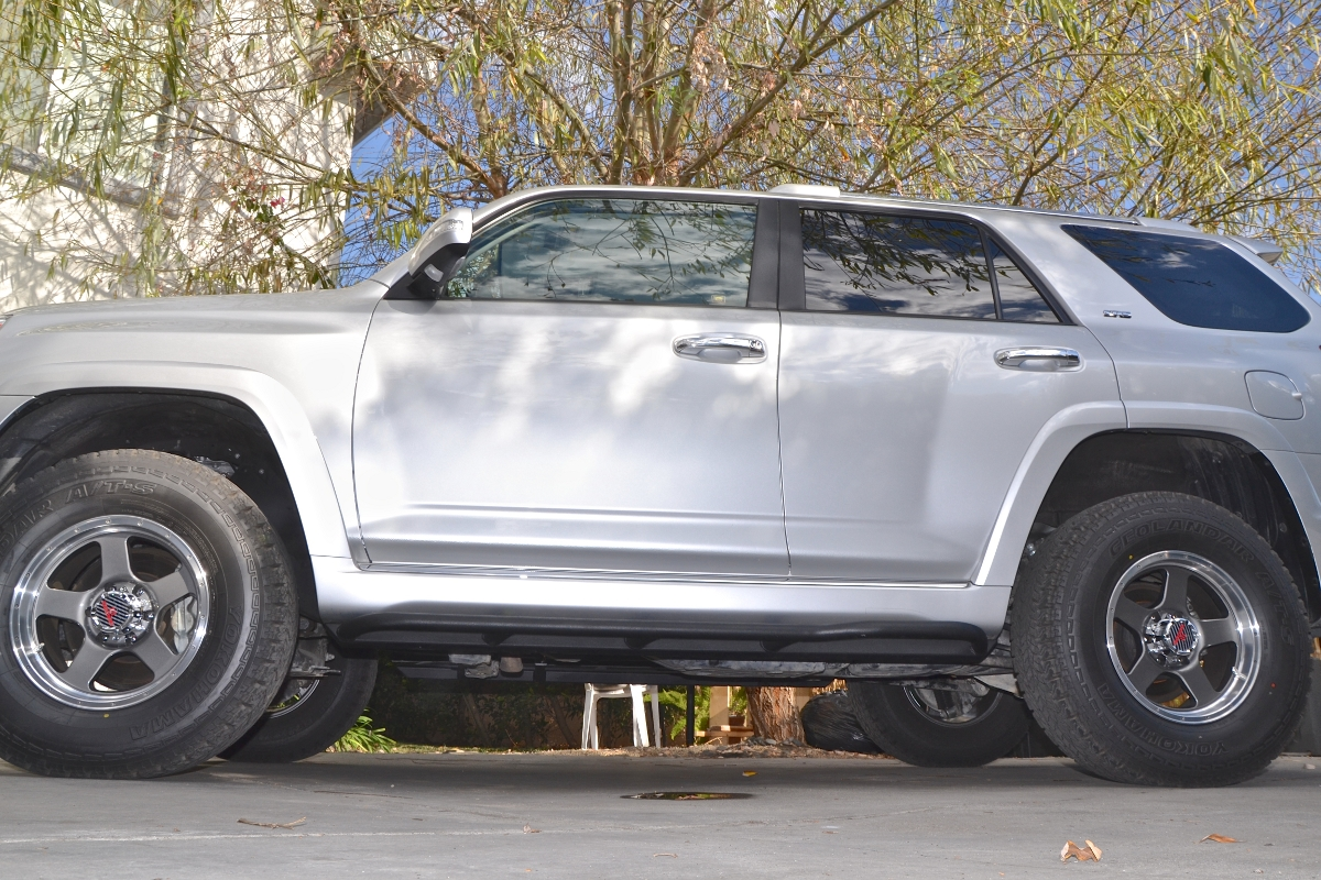 2010-2013-sr5-4runner-rock-sliders-white-knuckle-off-road-3