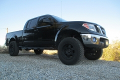 nissan-frontier-2005-long-bed-rock-sliders-white-knuckle-off-road-1