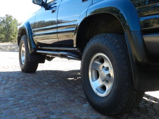 barry-s-fzj80-land-cruiser-rock-sliders-white-knuckle-off-road-4