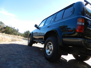 barry-s-fzj80-land-cruiser-rock-sliders-white-knuckle-off-road-6