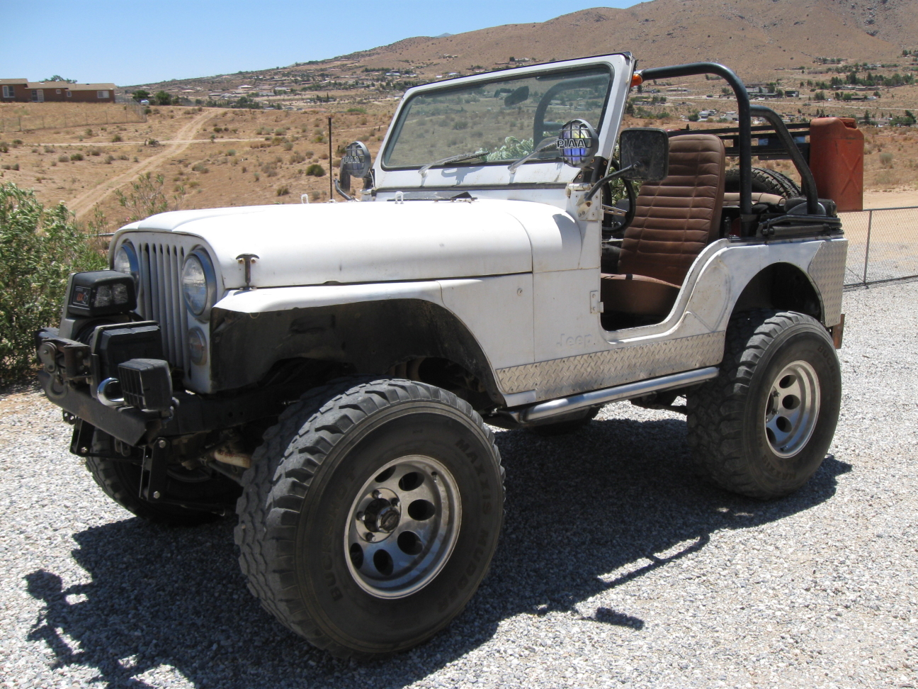 brians-76-cj5-white-knuckle-off-road-1