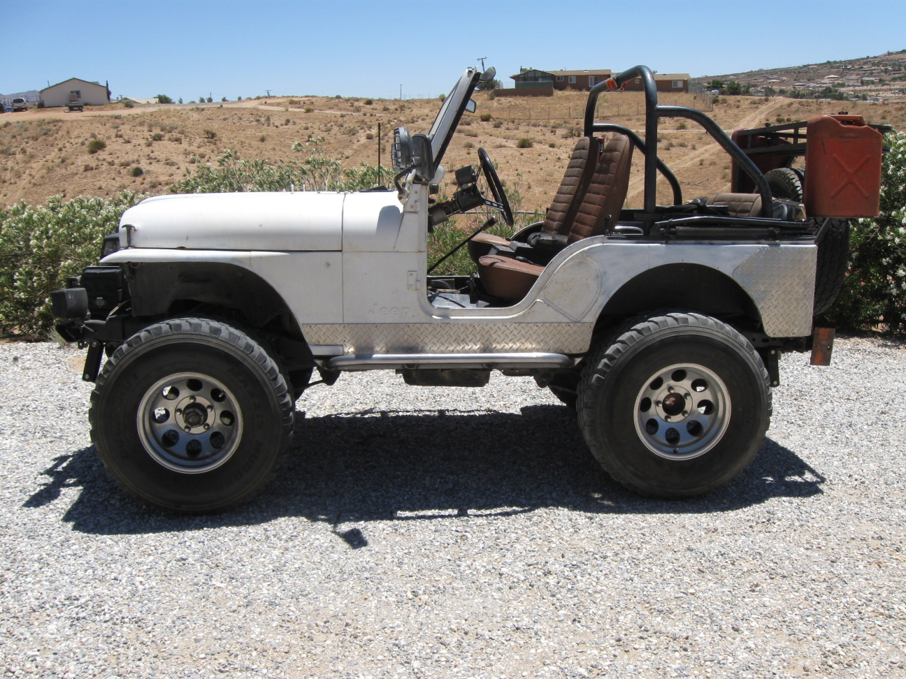 brians-76-cj5-white-knuckle-off-road-3