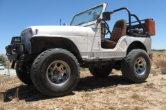 brians-76-cj5-white-knuckle-off-road-5
