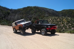 early-bronco-rock-sliders-white-knuckle-off-road-1
