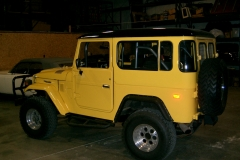 fj40-rock-sliders-white-knuckle-off-road3-1