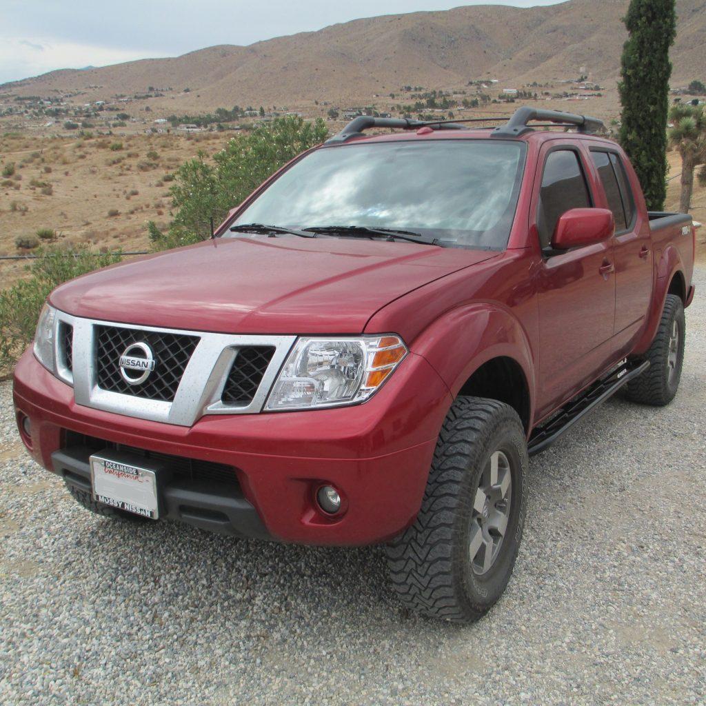 Nissan Frontier 2005 Newer Rock Sliders White Knuckle